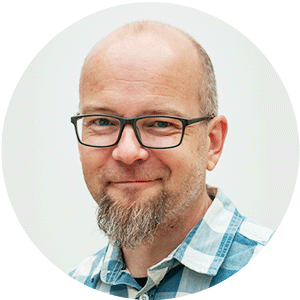 Toni Tikkanen, palveluesimies